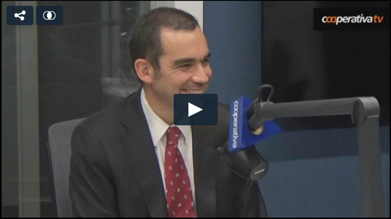 Entrevista a Dr. Alejandro Soza, hepatólogo, en Radio Cooperativa